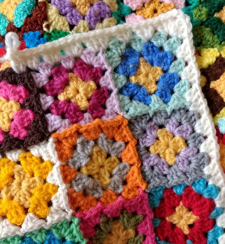 crocheting over where two squares join